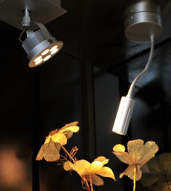 防眩光LED筒燈,夏普COB led筒燈,CREE LED隧道燈下來,光,歐司朗led筒燈